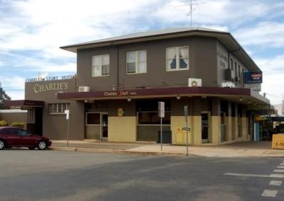 Charles Sturt Hotel