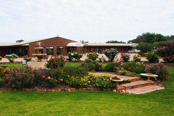 Newell Motor Inn
